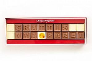 Personlig chokladask till bröllopsparet