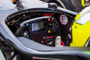 Cockpit i en formel-1 bil