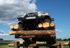 Jeep hinderbana