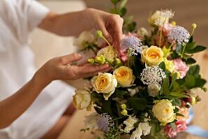 Säg grattis med blommor