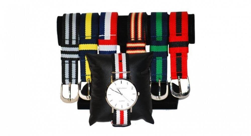 Klocka med sju armband