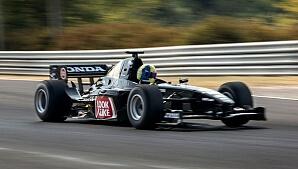 Testa att köra Formel 1 på bana