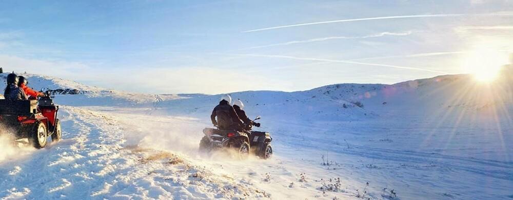 Fyrhjuling på vinterbana