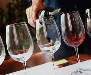 Vin- och lakritsprovning