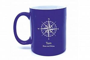 Kaffemugg med kompass och gravyr