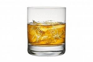 Graverat whiskyglas till hårdrockare